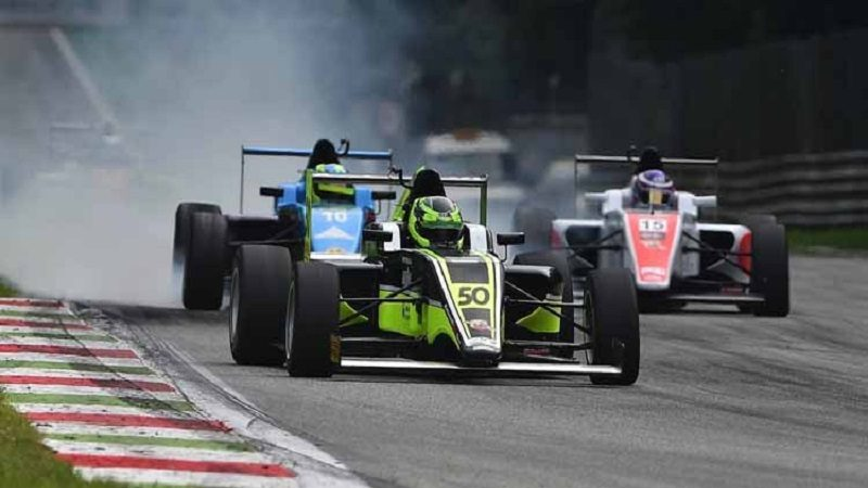 2015-img-F4-Monza-vieira221-750x393
