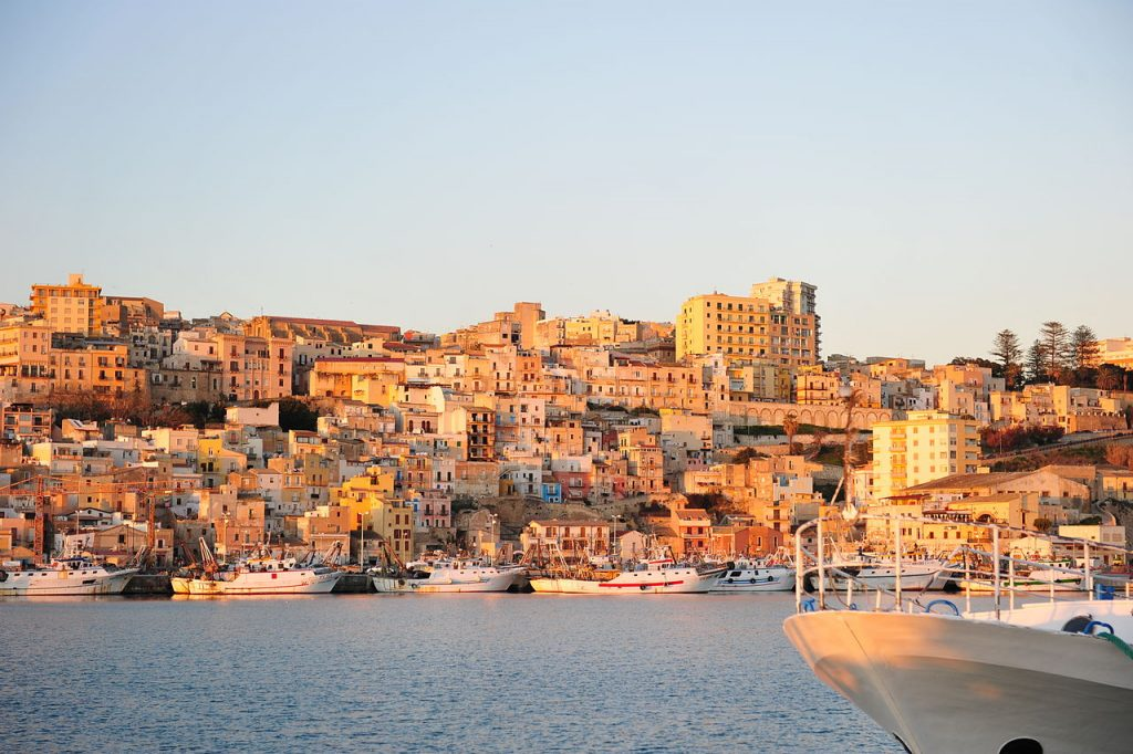 1280px-318_Sciacca_Ag_-_Sicily-1024x682.